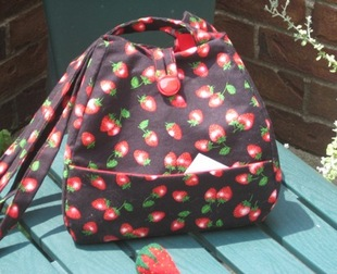 Strawberry_bag