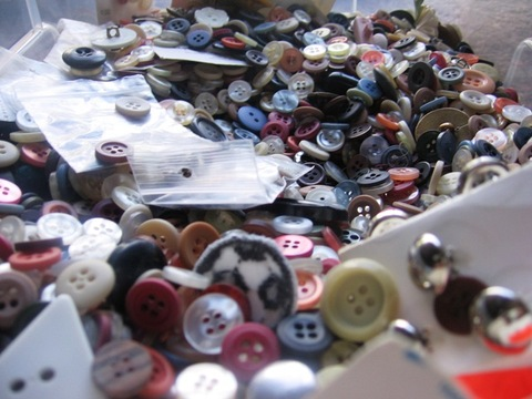 A_sea_of_buttons
