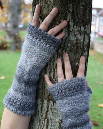 Mitts with Tree